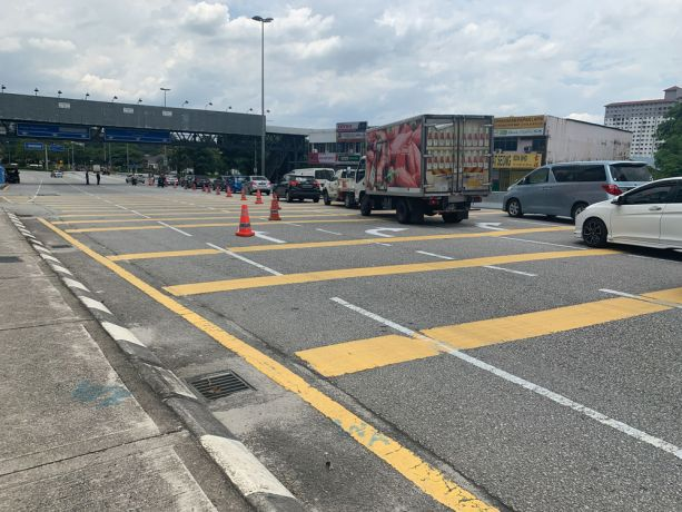 Malaysia: Police set up check points across the city of Kuala Lumpur, Malaysia - to continue to educate about the lockdown and encourage people to stay home - showing the countrys lock down measures in action to prevent the spread of COVID-19. More Info
