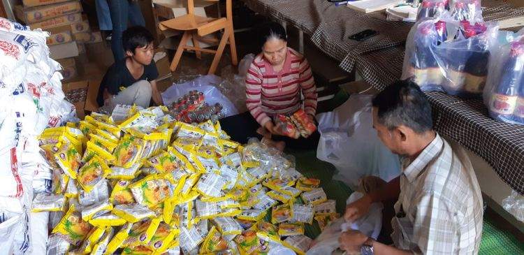 Cambodia: OM in Cambodia helped to distribute food to impoverished communities and families impacted by COVID. Many workers there are out of work and are struggling to feed their families. More Info
