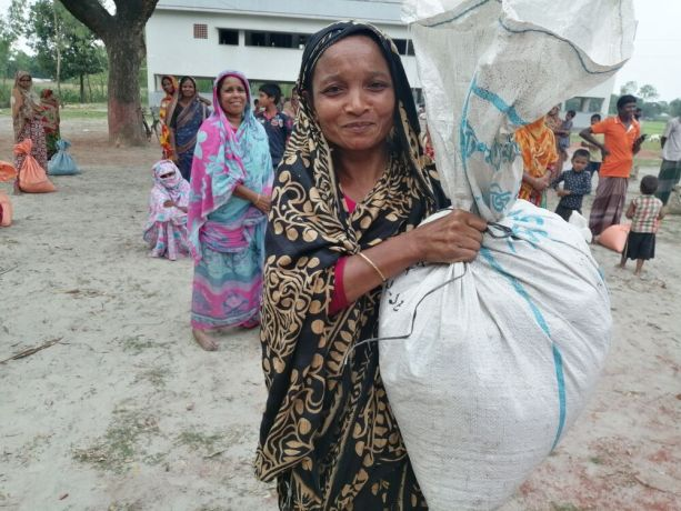 India: People in North India who were impacted by COVID and received food donations. More Info