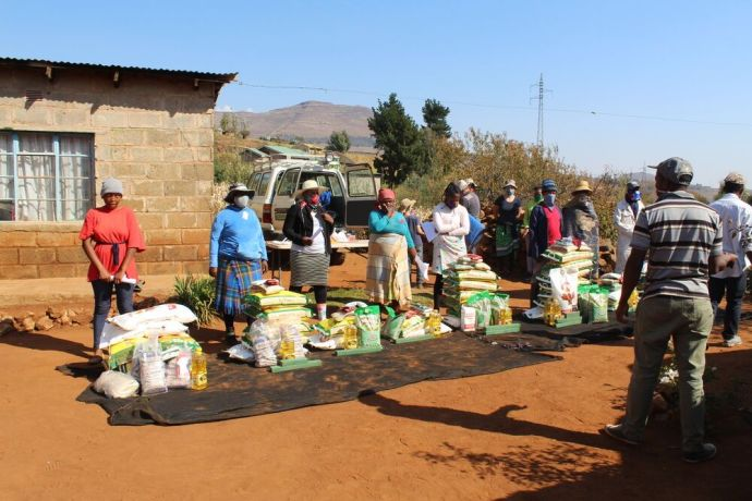 Lesotho: OM South Africa distributing COVID-19 food parcels in Lesotho. More Info