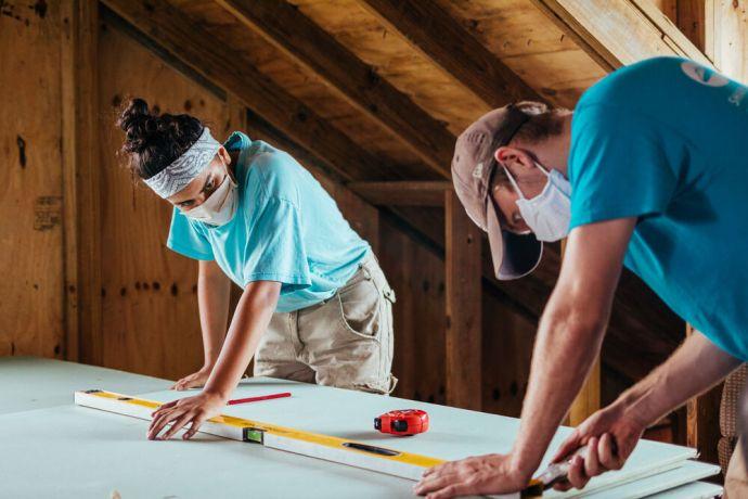 Bahamas: Abaco, Bahamas :: Alexandra Hadjirallis (Uruguay) and David Johansson (Sweden) helping rebuild a house in Abaco. More Info