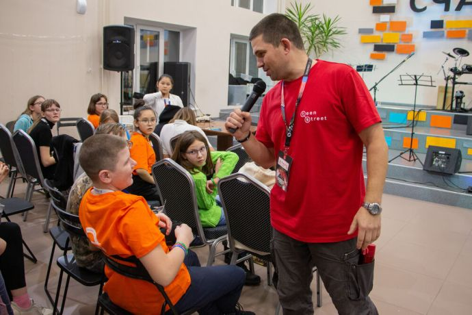 Russia: Children having fun at the first ever TeenStreet conference held in Russia at the beginning of 2021. More Info
