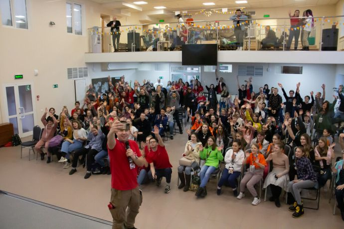 Russia: Selfie-time at the first ever TeenStreet conference held in Russia at the beginning of 2021. More Info
