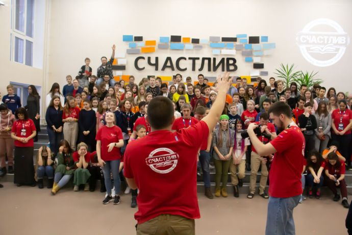 Russia: A young man sharing at the first ever TeenStreet conference held in Russia at the beginning of 2021. More Info