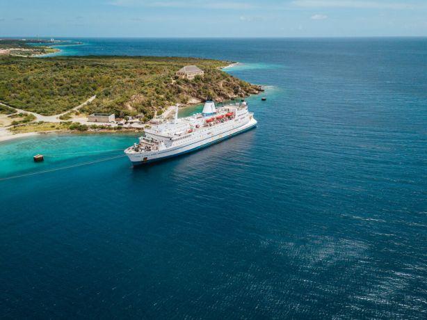 Curaçao: Caracas Bay, Curaçao :: Logos Hope at her berth. More Info