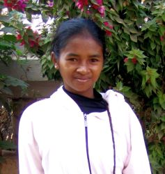 Hanta from Madagascar is a participant in this years rural outreach. Several times she has had to walk for five hours to be trained for the outreach.