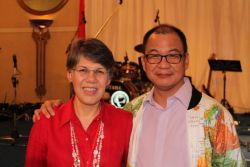 Lawrence and Susan Tong: On 7 March 2013 in Bangkok, Thailand, OM appointed a new international director, only the third in its nearly 56-year history. Lawrence Tong, from Singapore, takes over the OM leadership from Peter Maiden, from the UK, on 1 September 2013.