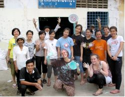 Chong Cia Ling (25) from Malaysia saw how the OCZ Cambodia team gave their best in painting and washing childrens hair and hands in a slum near Phnom Penh. It makes me to realise that we not only want to bring people to God, but we should bring God to people, she said.