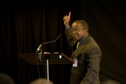 Maputo, Mozambique :: Pastor Antonio Nipueda (Mozambique) inspires pastors from all over Mozambique during a pastors conference on board Logos Hope.