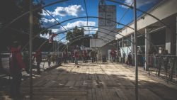 OM Serbias tent is re-erected, to serve refugees in Sid, Serbia